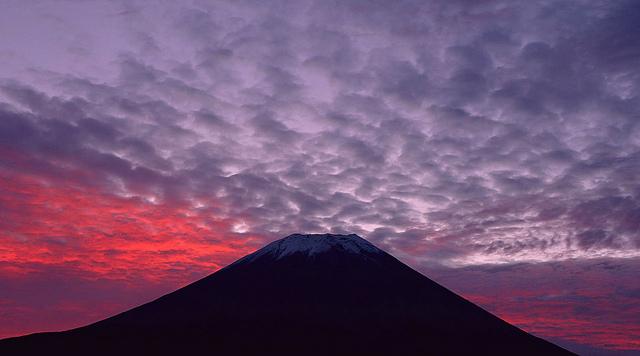 富士山 信仰の対象と芸術の源泉の画像 p1_22