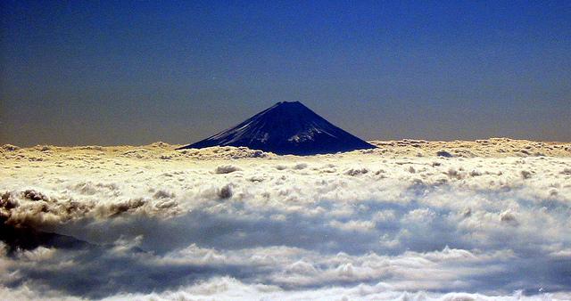 富士山 信仰の対象と芸術の源泉の画像 p1_25