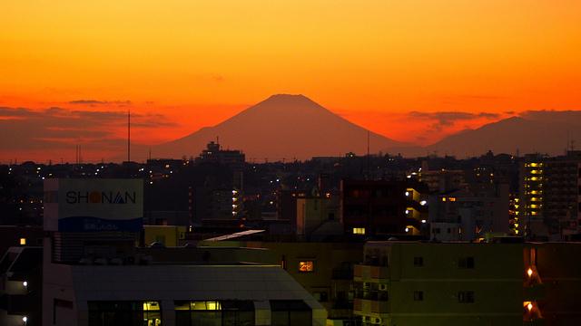 富士山 信仰の対象と芸術の源泉の画像 p1_21