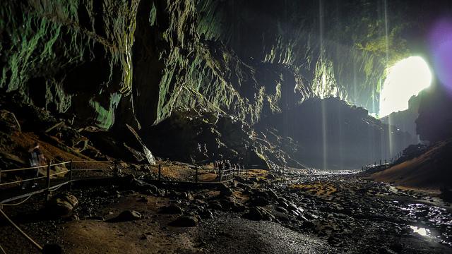 グヌン・ムル国立公園の画像 p1_2