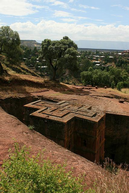 ラリベラの岩窟教会群の画像 p1_39