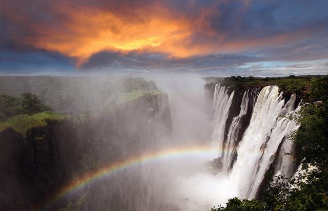 ヴィクトリアの滝の画像 p1_19