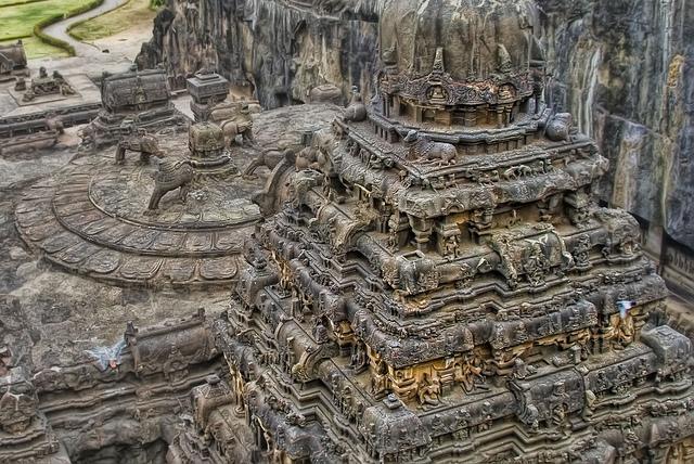 エローラ石窟群の画像 p1_16