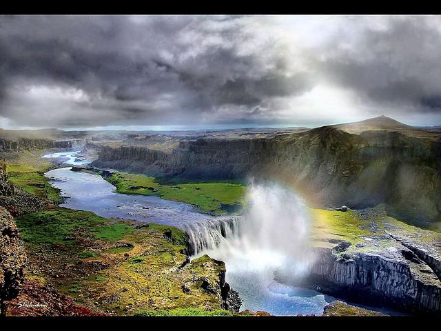シングヴェトリル国立公園の絶景写真画像 アイスランドの世界遺産