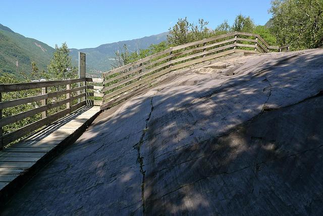 ヴァルカモニカの岩絵群の画像 p1_24