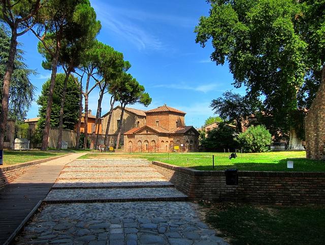 ラヴェンナの初期キリスト教建築物群の画像 p1_16
