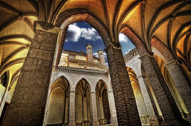 世界遺産 アラゴン州のムデハル様式建造物の画像 ... アラゴン州のムデハル様式建造物の絶景写真