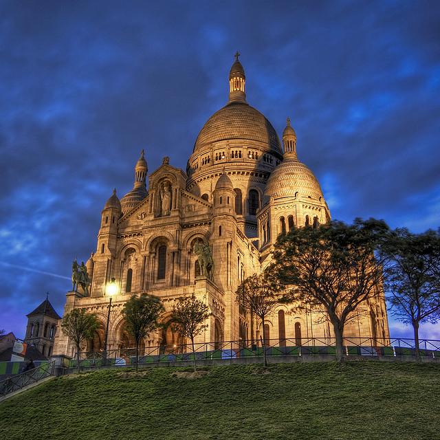 パリのセーヌ河岸の画像 p1_35