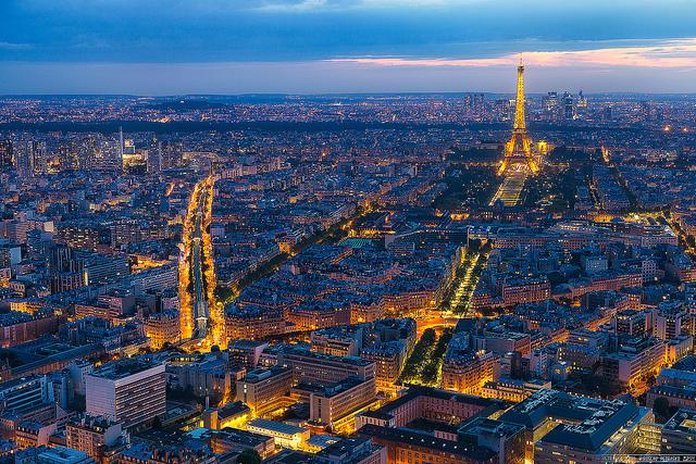 パリのセーヌ河岸の画像 p1_20