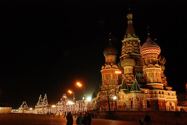 モスクワのクレムリンと赤の広場の夜景