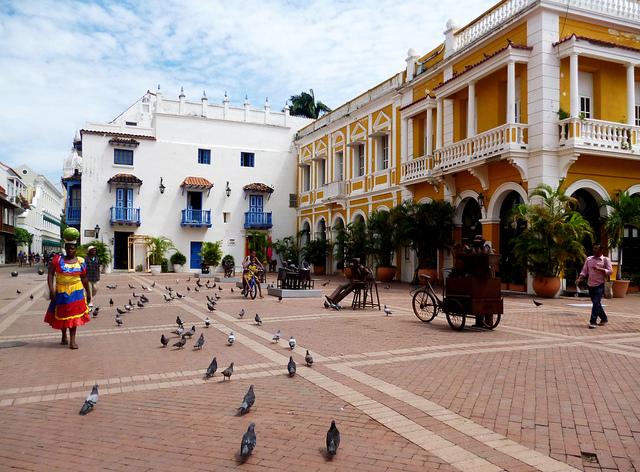 カルタヘナの港付近の大広場