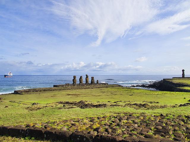 世界遺産 ラパ・ヌイ国立公園の画像 チリの絶景写... ラパ・ヌイ国立公園の画像 (チリの世界遺