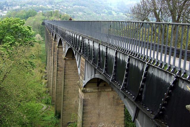 ポントカサステ水路橋と運河の画像 p1_14