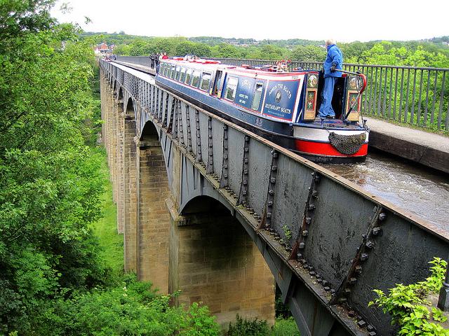 ポントカサステ水路橋と運河の画像 p1_3