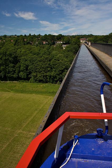 ポントカサステ水路橋と運河の画像 p1_15