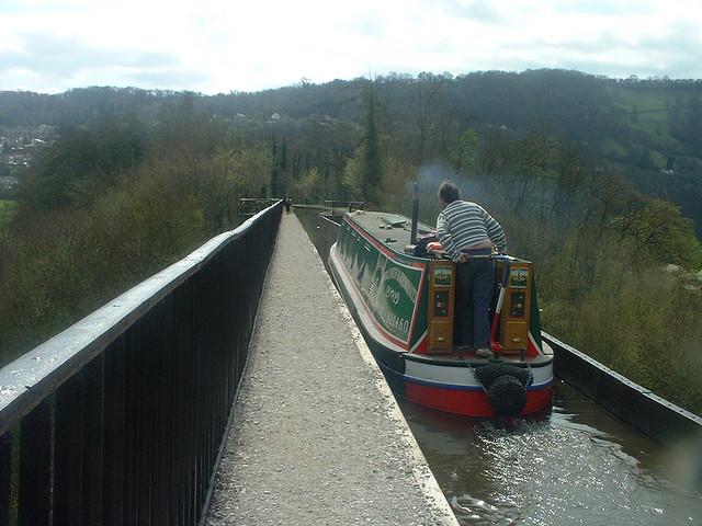 ポントカサステ水路橋と運河の画像 p1_26